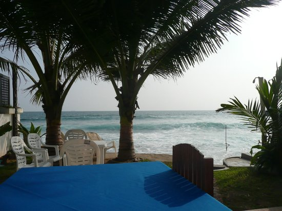 Blue Sky Beach Resort: view from breakfast table