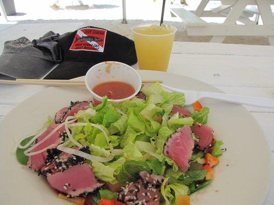 Grabbers Bed Bar & Grill:                   seared tuna salad                 
