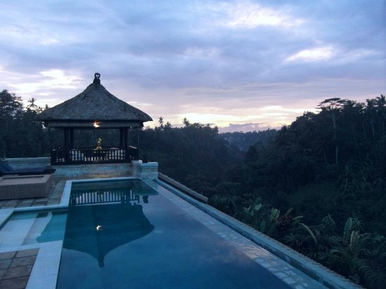 Villa Santai:                   Overlooking the valley