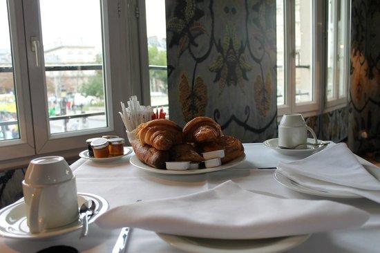 Hotel le Notre Dame: Desayuno riquísimo