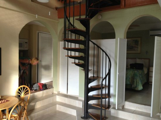 Flamboyan on the Bay Resort & Villas:                   staircase to upper level in 2br