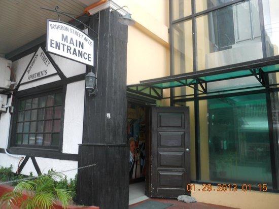 Bourbon Street Condo Hotel :                                     exterior entrance