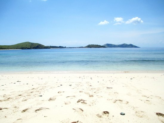 Tokoriki Island Resort:                   Honeymoon Picnic
