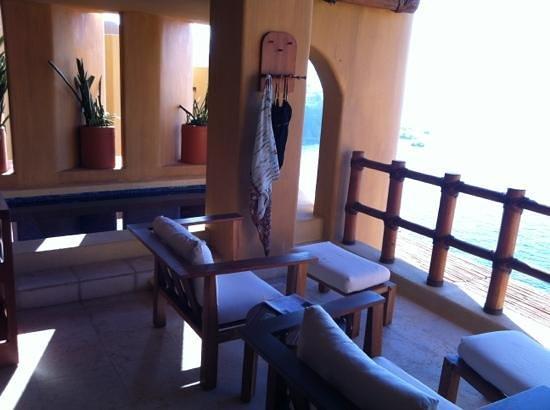 Capella Ixtapa:                   our room #54