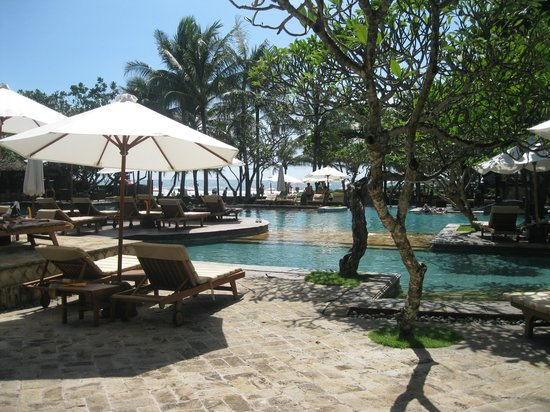 The Royal Beach Seminyak Bali - MGallery Collection: Beach  Pool