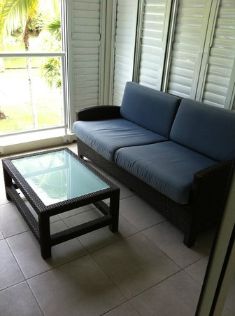 Peppers Beach Club Port Douglas: Balcony furniture