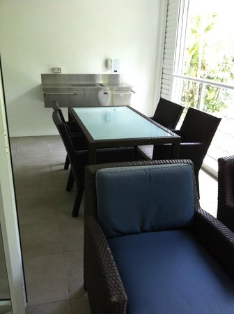 Peppers Beach Club Port Douglas: Balcony of two bedroom apartment