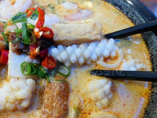 Seafood laksa at Rendezvous Cafe, Darwin
