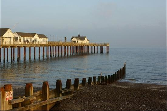 Саутволд, UK:                   Southwold Pier
