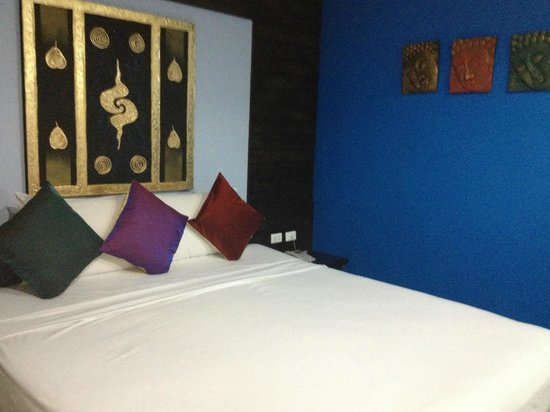 Ark Bar Beach Resort:                   The bedroom