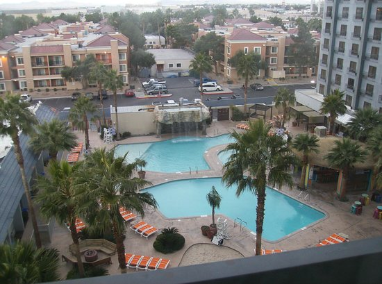 Hooters Casino Hotel: Pool view