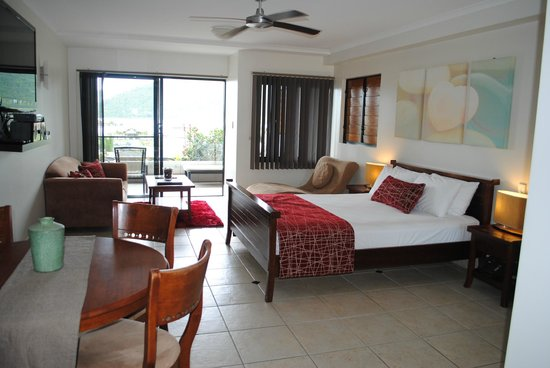 at Waterfront Whitsunday Retreat:                   Luxury Spa Room
