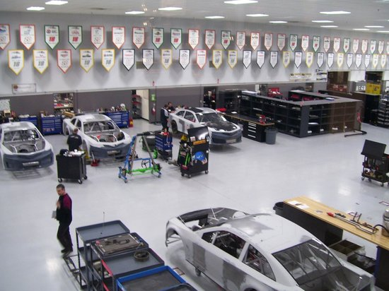 Joe Gibbs Racing: Body Shop 1