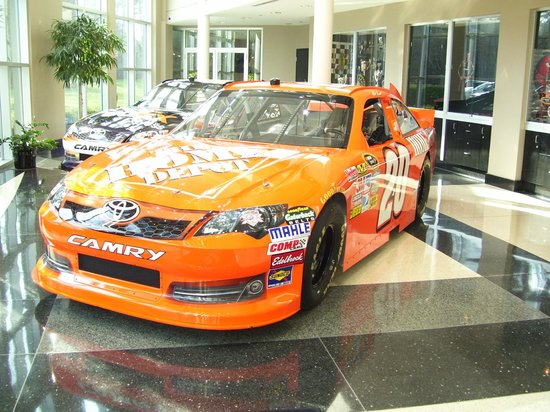 Joe Gibbs Racing: Matt Kenseth's Ride the next Nascar Champion 2013