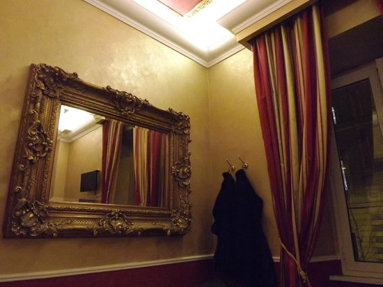 Hotel Romanico Palace:                   My room