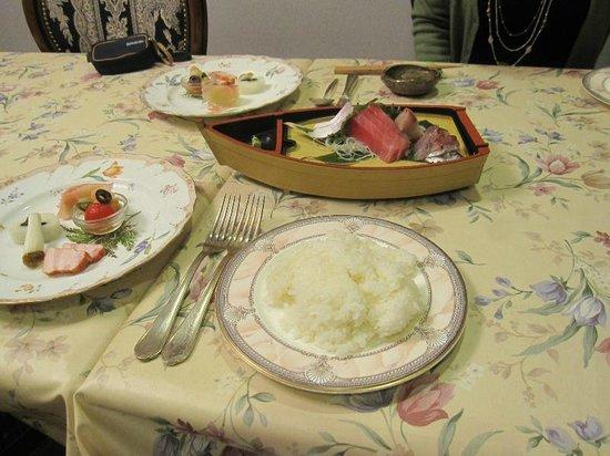 Yumekobo Hananomai:                   夕食の一部