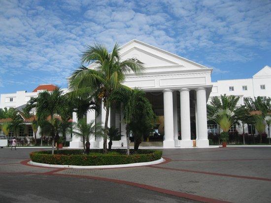 Grand Bahia Principe Jamaica:                                     Entrée principale