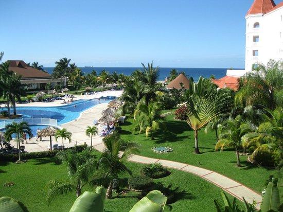 Grand Bahia Principe Jamaica:                                     Piscine