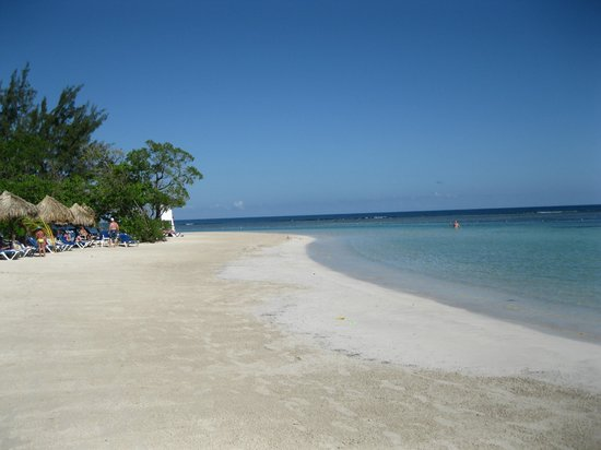 Grand Bahia Principe Jamaica:                                     plage calme