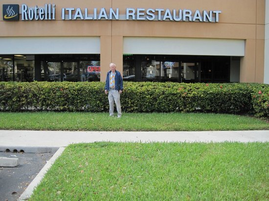 Rotelli: Very good food at reasonable prices.