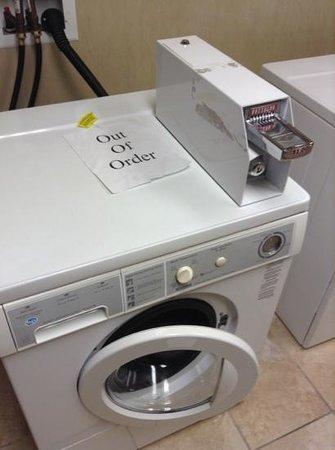 Holiday Inn Ontario Airport:                   2nd floor washing machine.