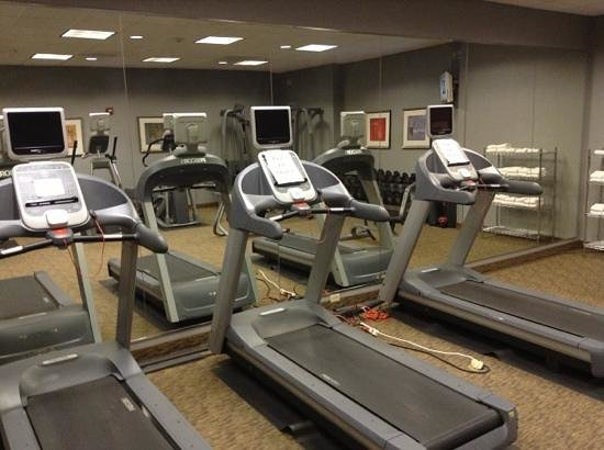 """Holiday Inn Ontario Airport:                   all 3 treadmills """"out of order"""""""