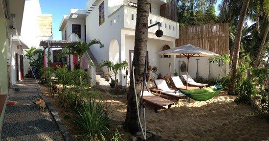 Haven Vietnam:                                     Haven's beachfront lounge area. Photo by Erika Delemarre.