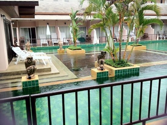 Phuket Kata Resort:                   room wz access to pool