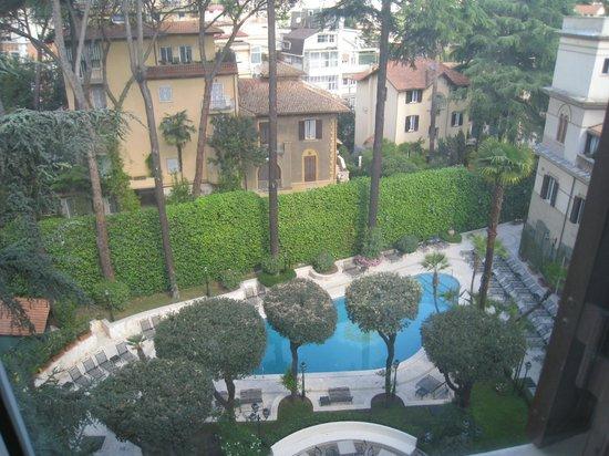 Aldrovandi Villa Borghese:                   Quiet residential area
