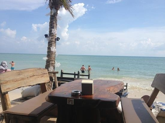 Ark Bar Beach Resort:                   View from breakfast at the Ark Bar