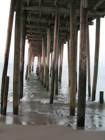 Hilton Garden Inn Outer Banks/Kitty Hawk:                   Pier