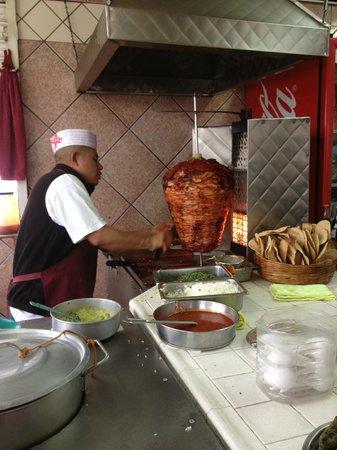 Tacos el Poblano :                                     Adobada