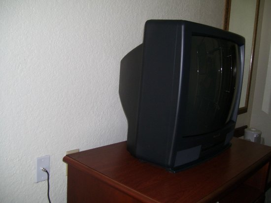 Quality Inn & Suites: Old Fashion TV