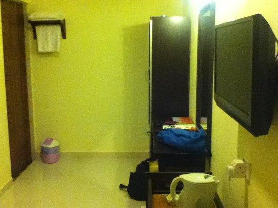 NR Langkawi Motel: the room