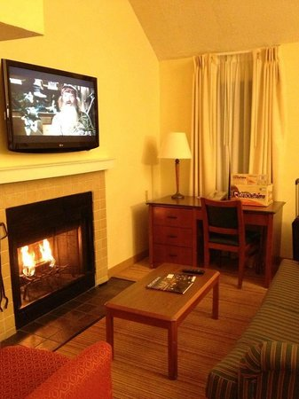 Residence Inn Birmingham Inverness:                   Very Cozy