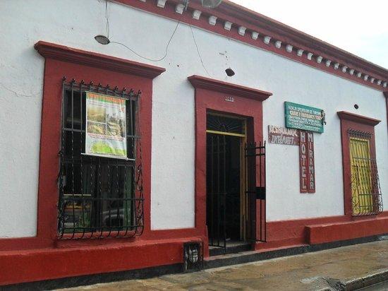 Hotel Miramar: Fachada del hotel