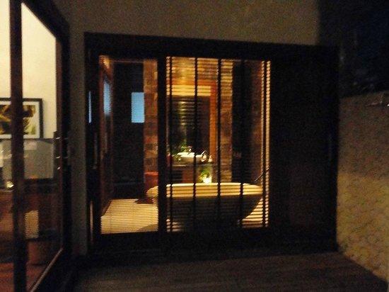 The Dipan Resort Petitenget:                   One Bedroom Villa 106 - Bathroom