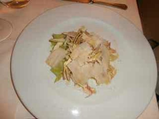 Locanda I Piceni:                                     Artichoke salad with parmigiano