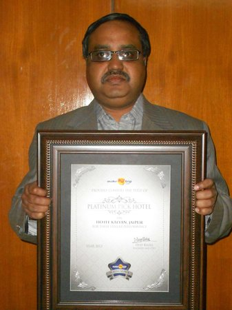 Hotel Kalyan: Platinum Award For Best Hotel In JaipurBudget Category-By Makemytrip.com to Manoj Gupta-Owner Ka