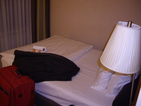 Dorint Parkhotel Mönchengladbach: Bed