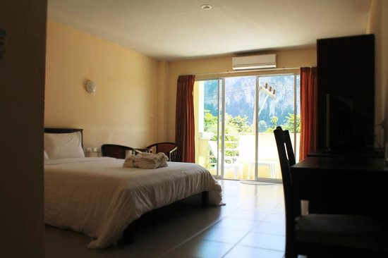 Number 1 House & Restaurant: Double Room