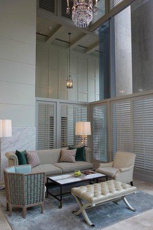Oriental Residence Bangkok: Hotel Lobby Lounge