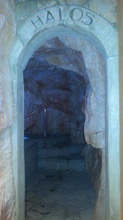 Parkhotel Luna Mondschein:                   la grotta salina della spa