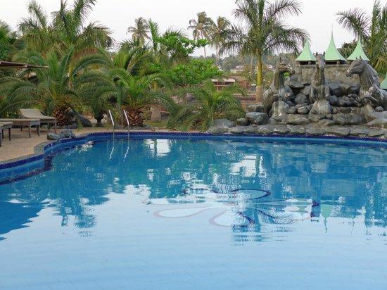 Resort Primo Bom Terra Verde:                   Pool