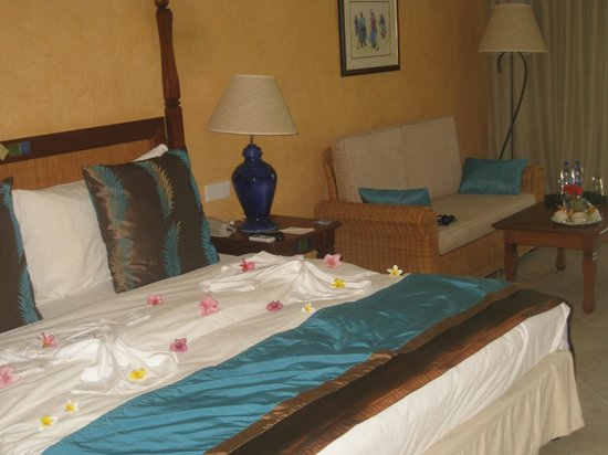Sands Suites Resort & Spa:                   Bedroom