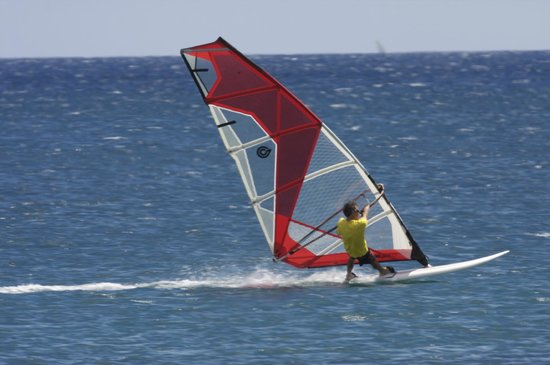 HST Windsurfing & Kitesurfing School (Kahului) - UPDATED