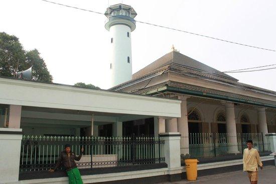 Ampel Mosque:                   Masjid Sunan Ampel