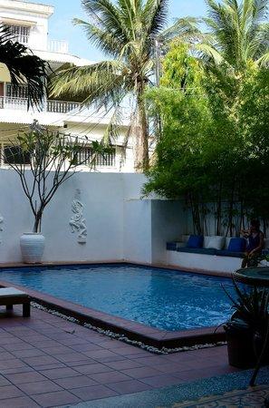 Jasmin Monument Hotel:                   Poolside