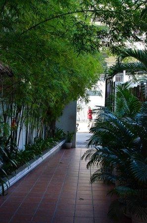 Jasmin Monument Hotel:                   Entrance