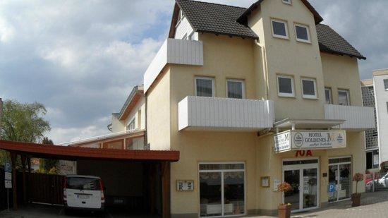 Hotel Goldenes M: Hotelgelände